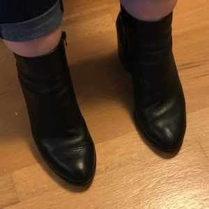 🌹Aldo black ankle booties-size 9🌹